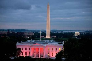 White House bathed in breast-cancer-pink light